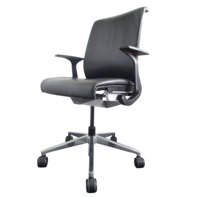 Steelcase Thinkチェア レザー